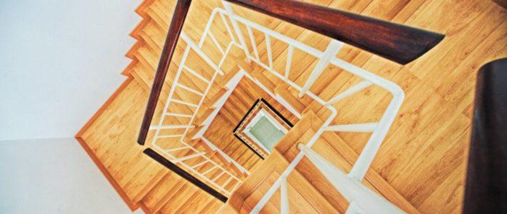 Waarom een tweedehands traplift kopen?