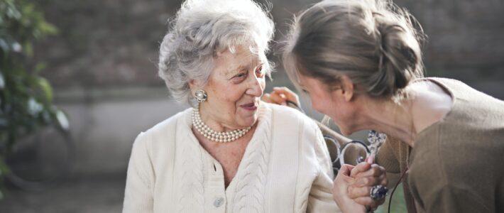 Tips om de mobiliteit bij ouderen te verbeteren