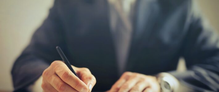 Wat zijn de kosten van een advocaat en wat is het verschil?